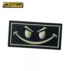 Patch in PVC Evil Smiley Nero BK 6,3 x 3,3 cm Militare Softair con Velcrogrip